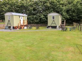 Shepherds Hut - The Hurdle - South Wales - 997062 - thumbnail photo 15