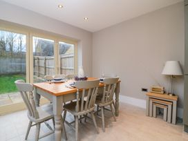 East View - Cotswolds - 997772 - thumbnail photo 7
