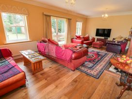 Plum Cottage - Whitby & North Yorkshire - 998097 - thumbnail photo 6