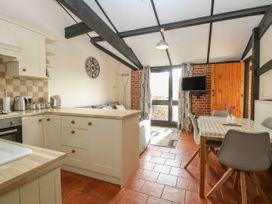 Hitchens Cottage - Norfolk - 998185 - thumbnail photo 8