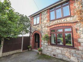 Bryn Derwen - North Wales - 998909 - thumbnail photo 2