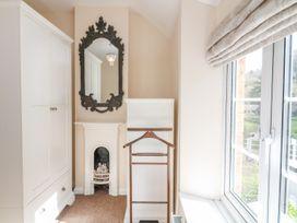 Woodedge - Somerset & Wiltshire - 999220 - thumbnail photo 8