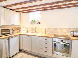 Woodedge - Somerset & Wiltshire - 999220 - thumbnail photo 6
