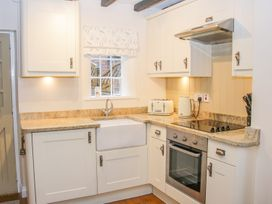 Tub Boat Cottage - Shropshire - 999464 - thumbnail photo 8