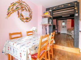 Summer Star Cottage - Devon - 999680 - thumbnail photo 7