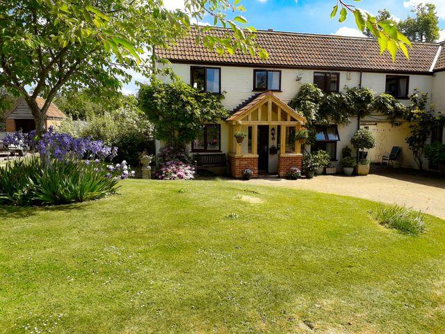 Berrys Place Farm Cottage - 1007579 - photo 1