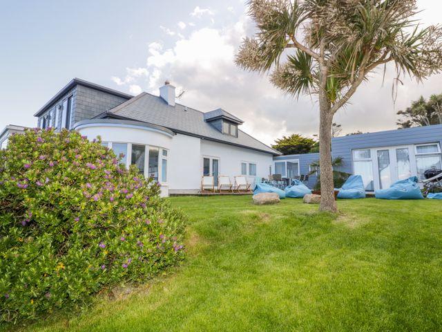 Blue Bay Beach House - 1007604 - photo 1