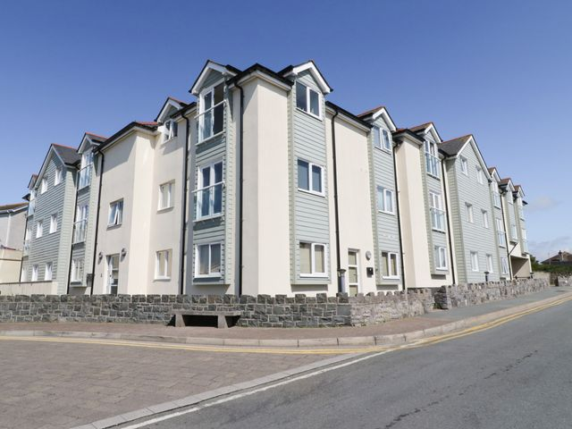 10 Pen Llanw Tides Reach - 1023940 - photo 1