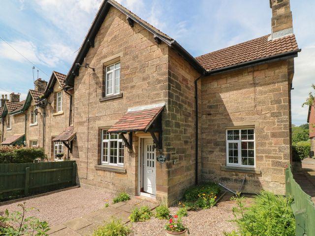 Lees Moor Cottage - 1025990 - photo 1