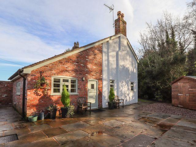 Nursery Cottage - 1057114 - photo 1
