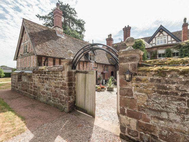 Courtyard Cottage - 11346 - photo 1