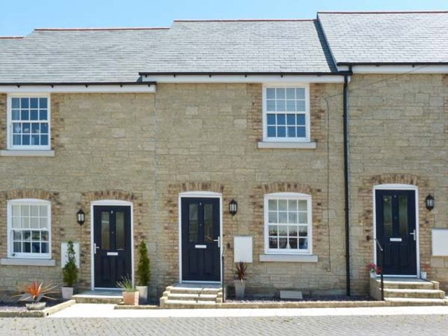 3 Old Post Office Mews - 27600 - photo 1
