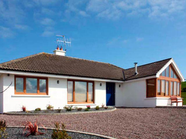 Lough Cluhir Cottage - 2920 - photo 1