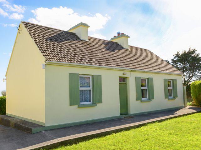 Paddy Staffs Cottage - 3688 - photo 1