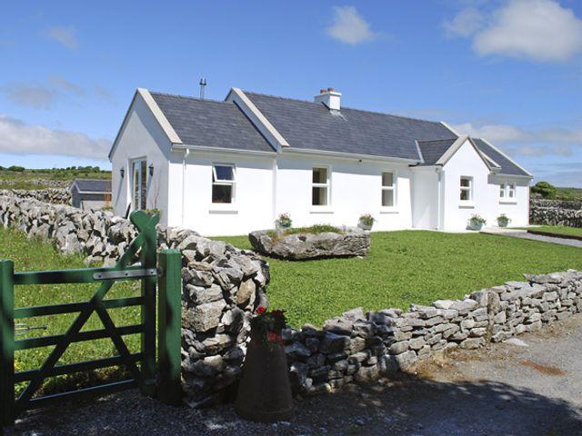 Dolmen Cottage - 3904 - photo 1
