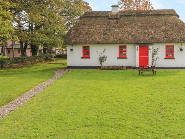 No. 9 Lough Derg Thatched Cottages - 916653 - photo 1