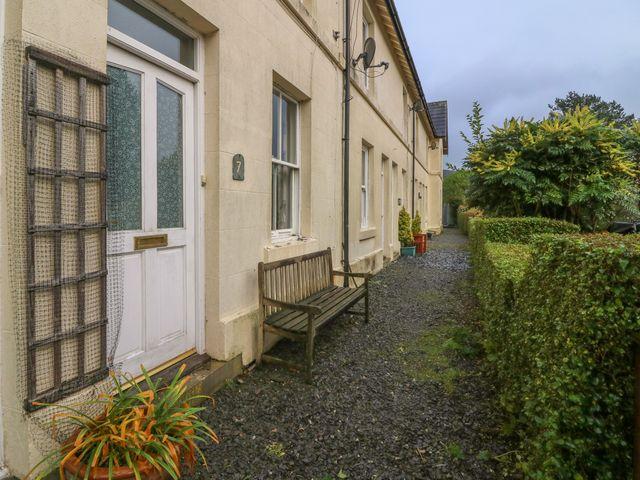 7 Railway Cottages - 933683 - photo 1