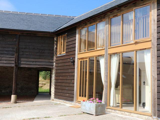 Hunstone Barn - 966642 - photo 1
