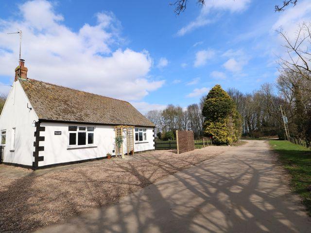 Hall Farm Cottage - 989856 - photo 1